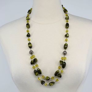 Double strand handmade double layer green necklace